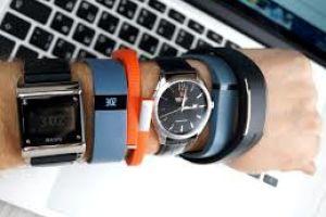 Що вибрати - розумний годинник або фітнес-трекер  38a1fc21835d3